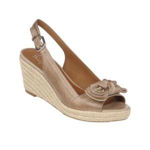FRANCO SARTO | Camino Tan Bow Wedge Sandal 10.5